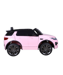 Land Rover Discovery Sport in pink